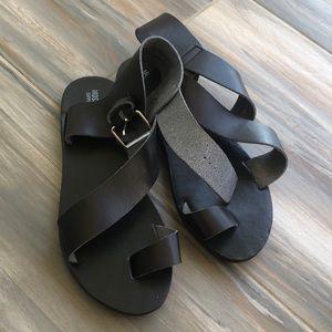 Mossimo gladiator black sandals